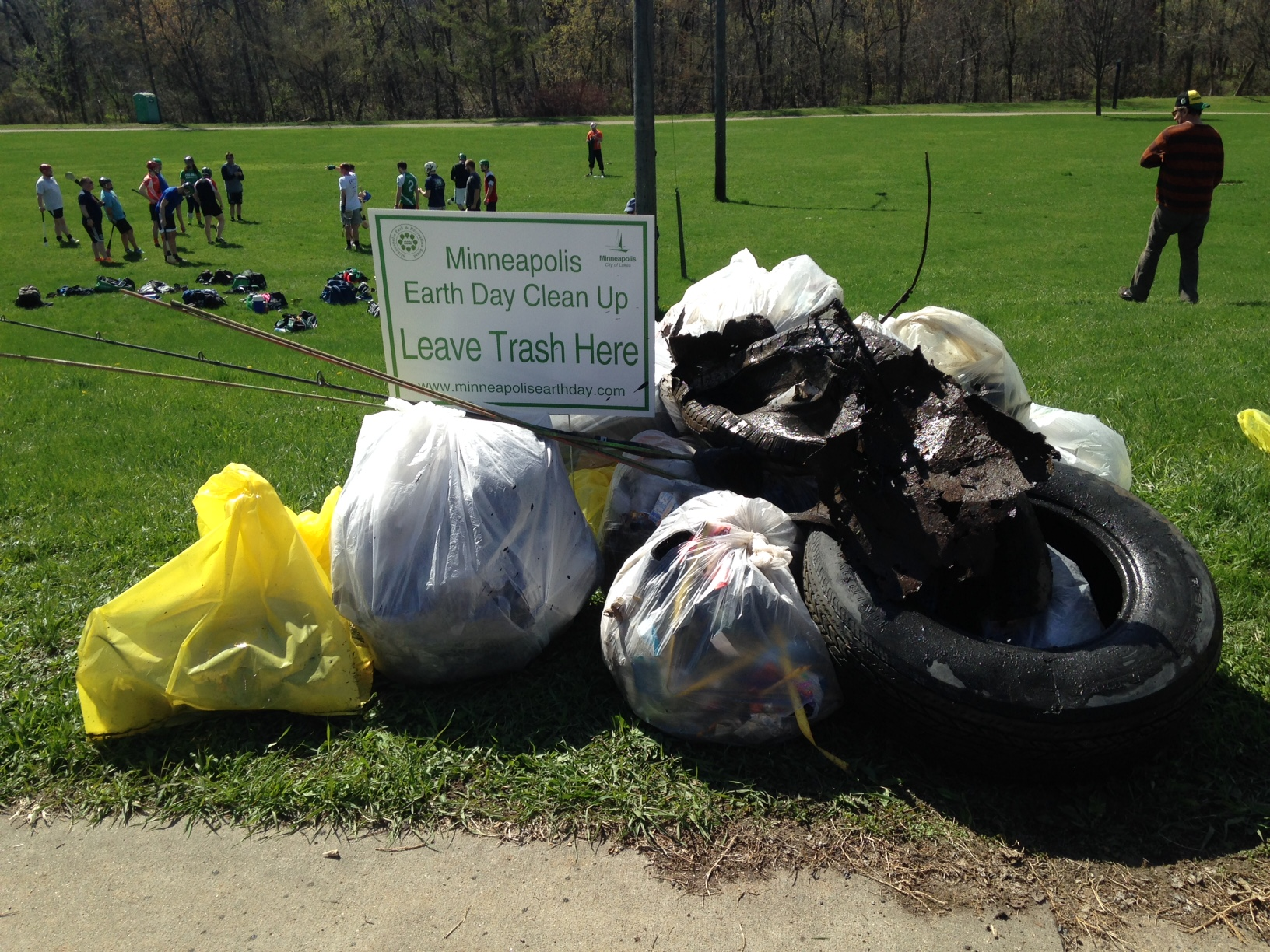 Minnesota Earth Day Cleanup