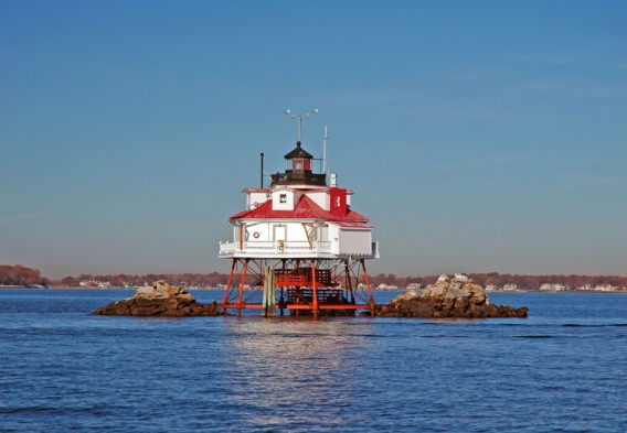 Thomas Point Light. Photo credit: Albert Barr / Shutterstock