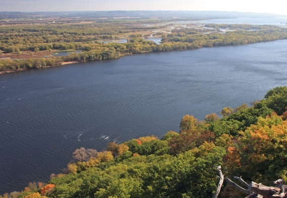 Mississippi River in Minnesota, photo: istock