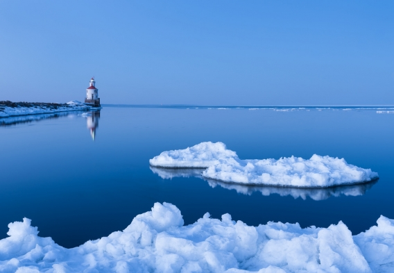 Icebergs on Lake Superior-Justin Vrba
